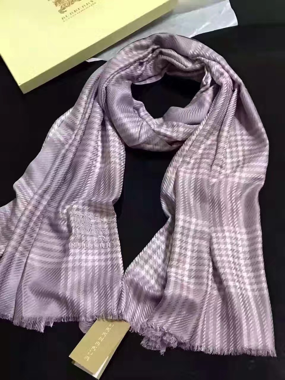 IMG_Luxury-Scarfs_1292