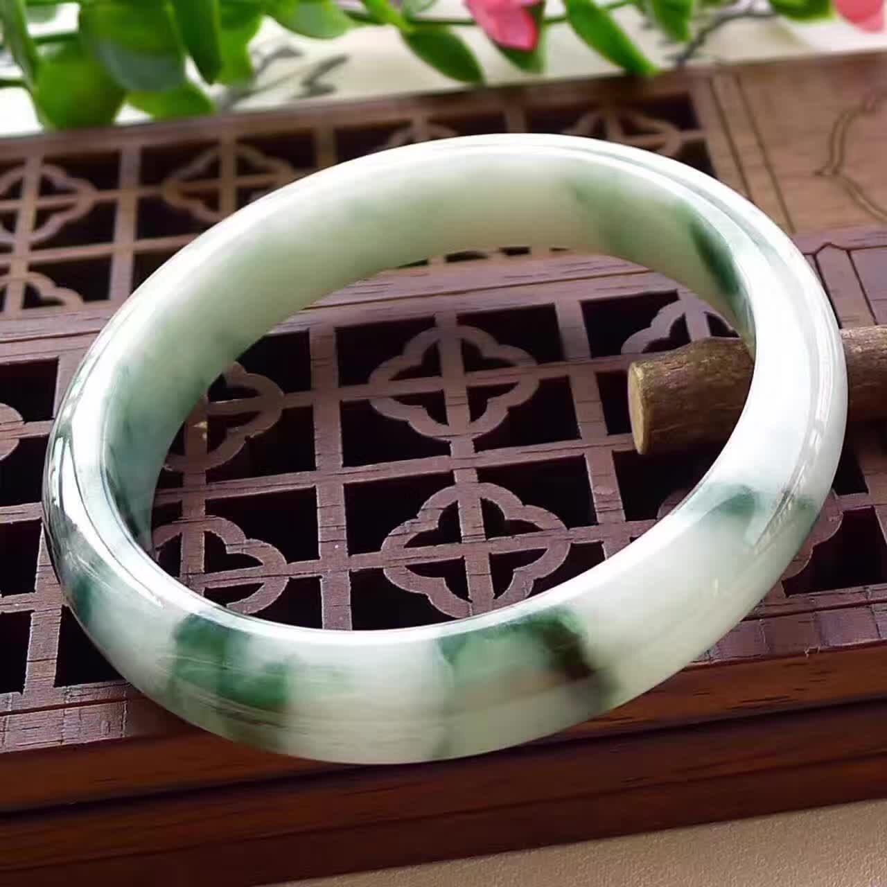 IMG_Jade-Bracelet_36552